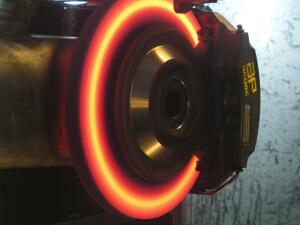 замена тормозных дисков в автосервисе